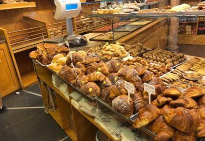 casa del pane finalborgo croissant